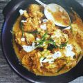 Kipcurry in Griekse yoghurt gemarineerd