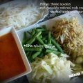Thaise noedels met gerookte makreel rode curry[...]